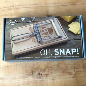 Oh, Snap! Cheese Board & Slicer